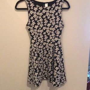 Divided brand H&M dress size Small